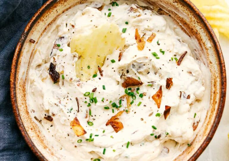 The Best French Onion Dip