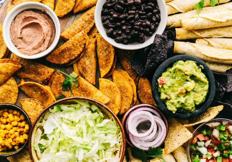 How to Build an Epic Taco Board