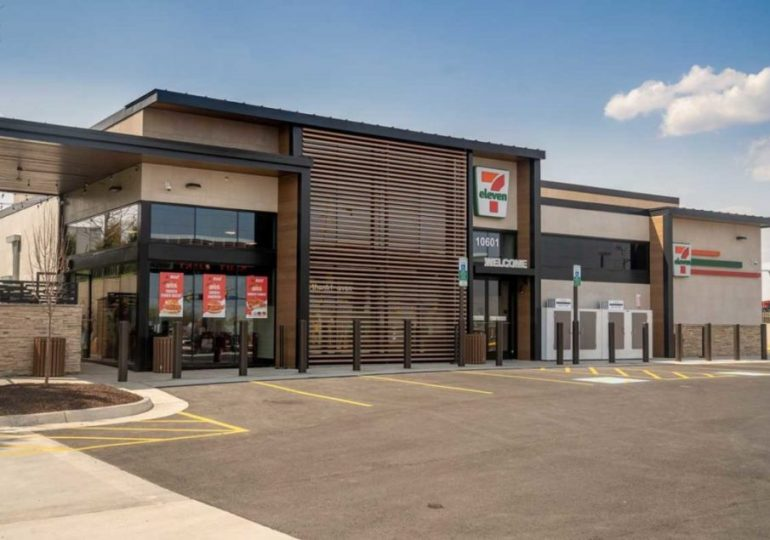 7-Eleven seeks to carve out niche in QSR space