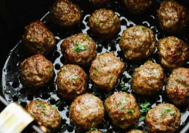 Quick and Easy Air Fryer Meatballs